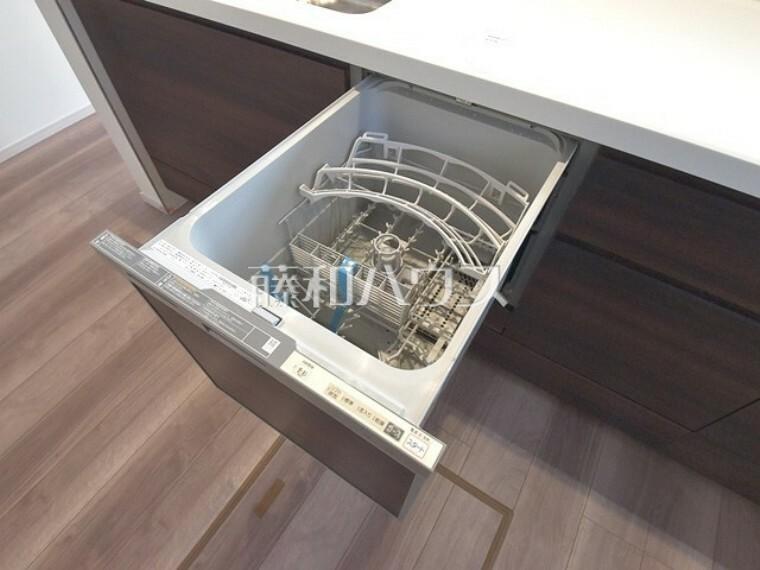 キッチン 1号棟 キッチンには家事時間を短縮する食器洗浄乾燥機付き 【西東京市北町1丁目】