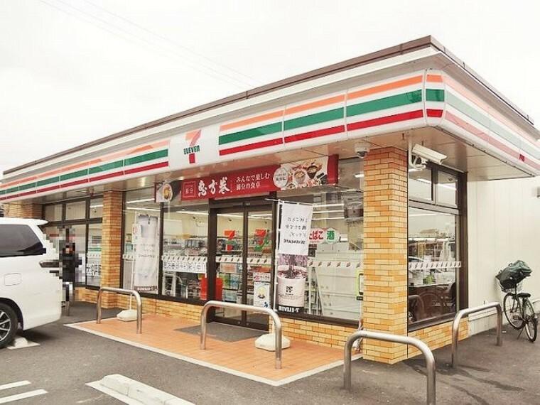 コンビニ セブンイレブン刈谷高須町店 徒歩29分。