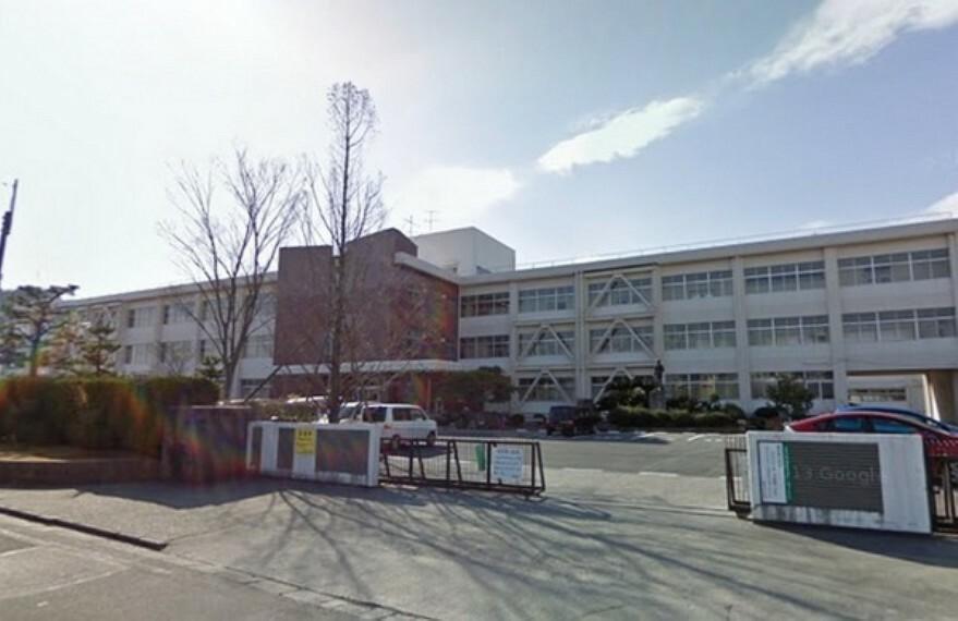 中学校 栗東市立栗東中学校 1948年開校