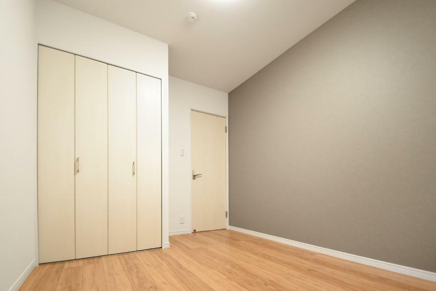 洋室 一階洋室:6.0帖