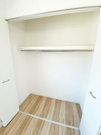 収納 2階北西側5.2帖の収納です。