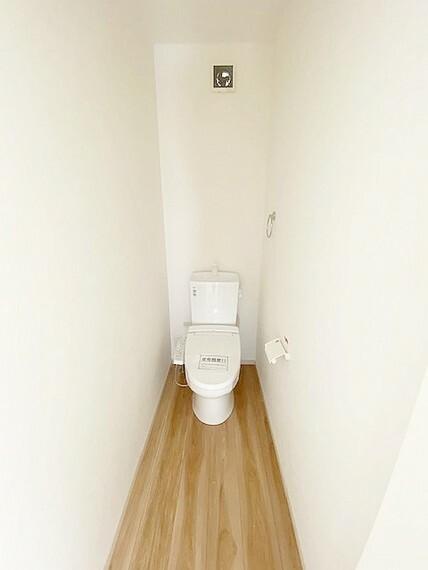 トイレ 2階のトイレです。