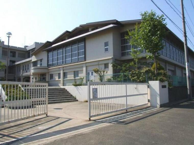 中学校 東向陽台中学校まで750m(徒歩10分)