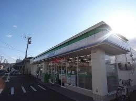 コンビニ ファミリーマート泉向陽台店まで500m(徒歩6分)