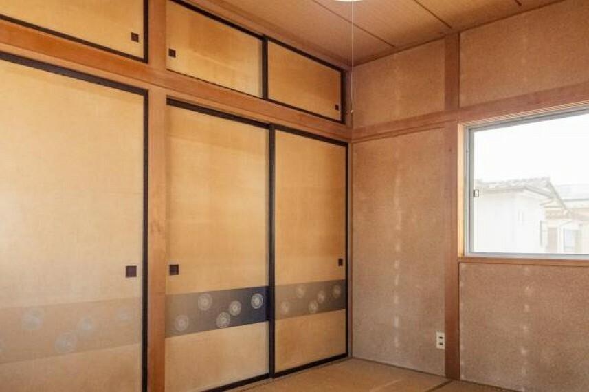【リフォーム中】2階南西側畳和室です。これから洋室に変更します。押入れはクローゼットに変更します。