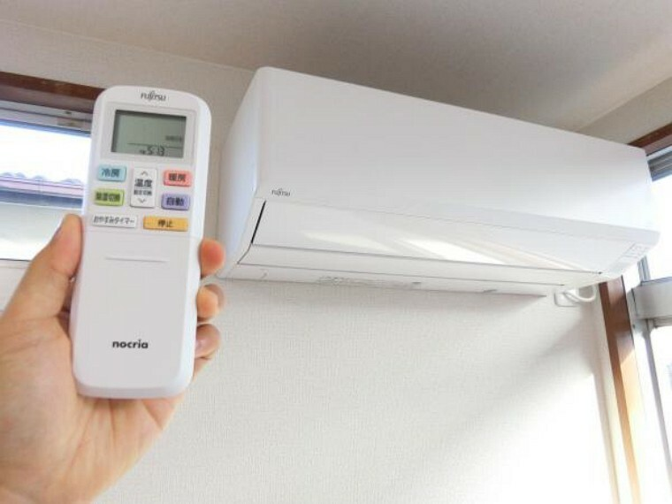 冷暖房・空調設備 【リフォーム完成】富士通製の新品のエアコンをリビングに設置しました。ぜひご活用くださいませ。