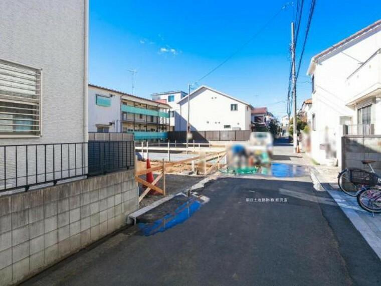 現況写真 閑静な住宅地の前面道路です。