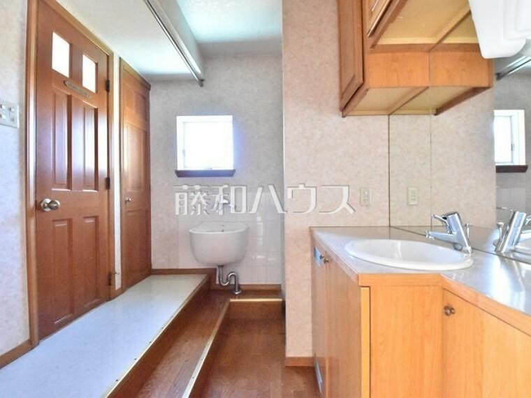 洗面化粧台 洗面室 【清瀬市中里2丁目】