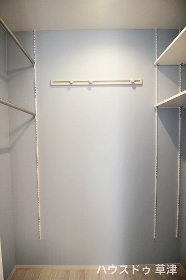 収納 各居室にクローゼットを設置。大容量でお洋服やシーズンものの収納もばっちり。