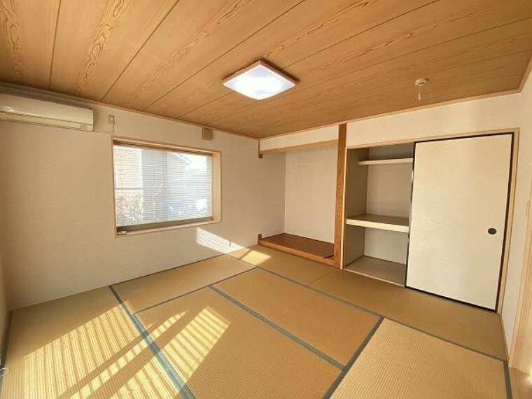 1F和室です。床の間もあります。お客様が来られたときにもいいですね。