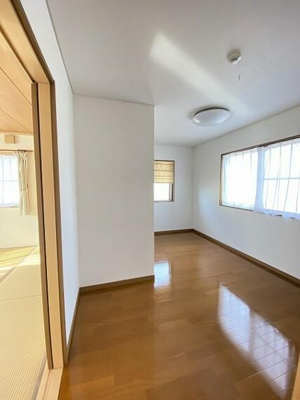 2F和室横の納戸です。十分部屋として使えそうな広さです。