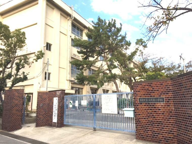 小学校 尼崎市立立花南小学校まで715m 徒歩9分