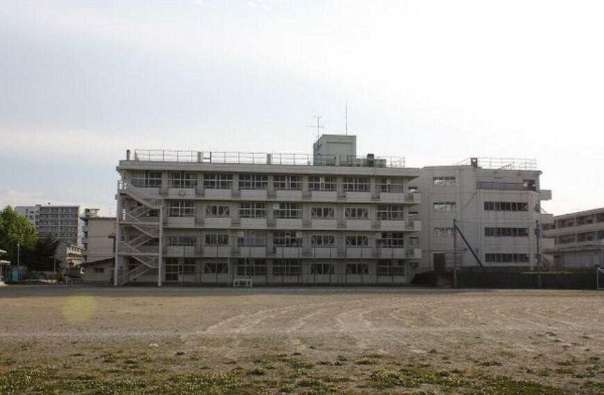 中学校 仙台市立三条中学校662m