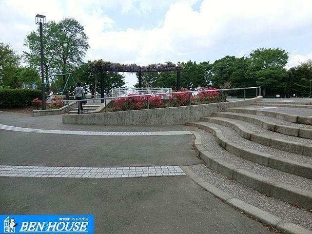 公園 川上公園 徒歩5分。