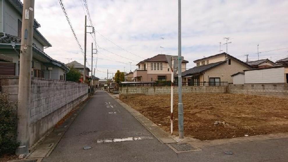 現況写真 A区画 前面道路・・・南 3.8m道路です。