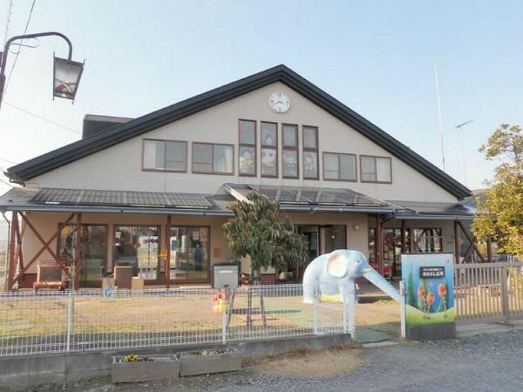 寺谷保育園・・・産休明けから入所可能な寺谷保育園では、保育園に通っていないお子様も一時的に保育してもらえる子育て支援制度に取り組んでいます。