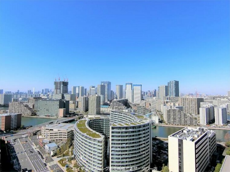 現況写真 北西側バルコニーからの眺望(運河を望む)