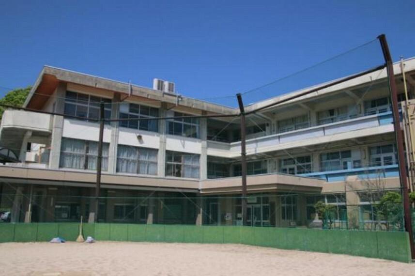 中学校 廿日市市立七尾中学校
