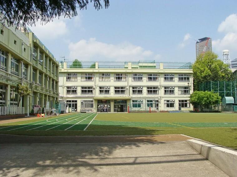 小学校 【小学校】猿楽小学校まで319m