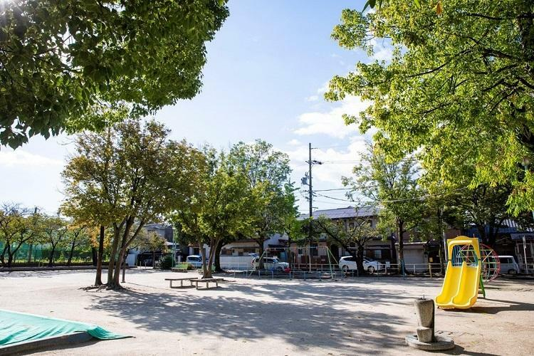 公園 田代公園 見通しのよい遊具のある公園(2019年10月撮影)