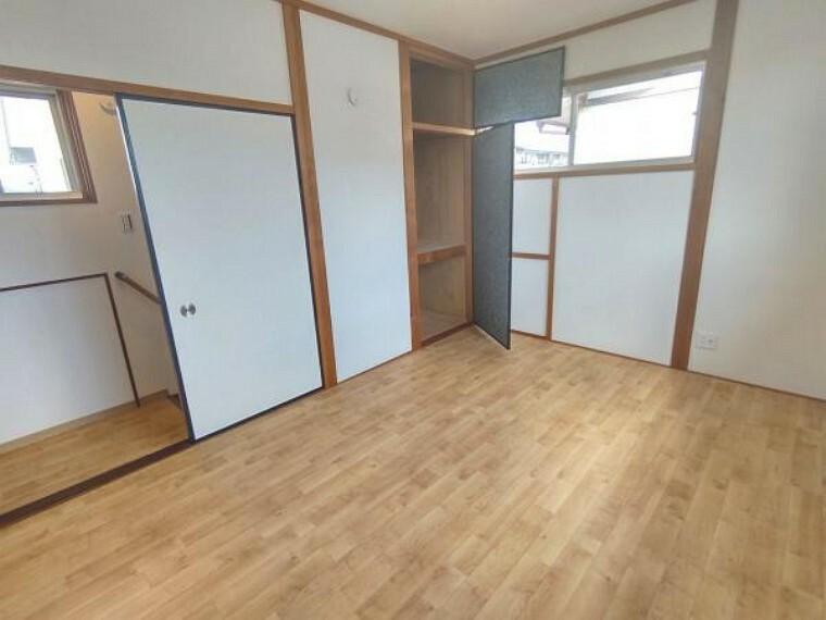 【リフォーム済】2階和室は洋室に間取り変更をいたしました。