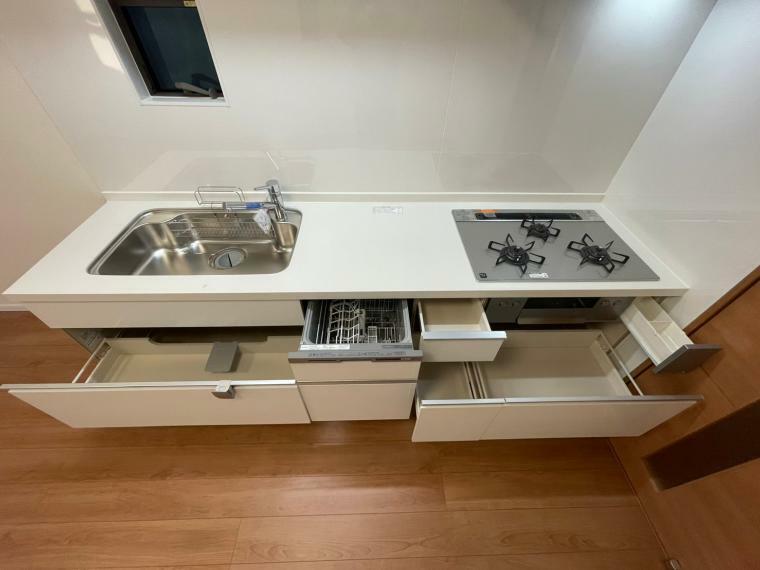 キッチン 食器洗乾燥機付きシステムキッチン