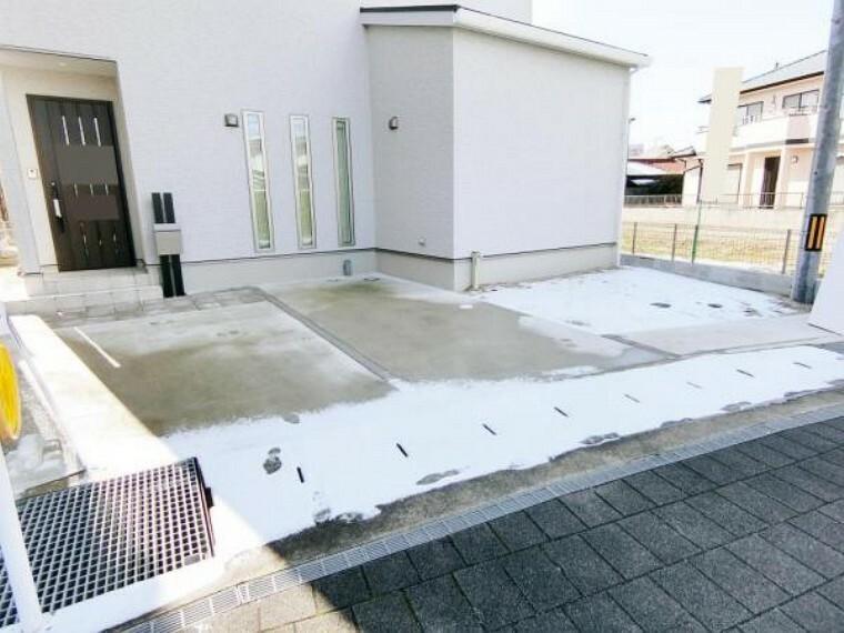 駐車場 駐車場は車種・止め方によっては3台利用可能です。