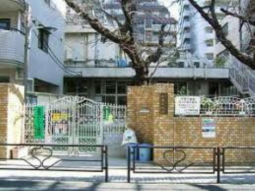 幼稚園・保育園 【保育園】本郷保育園まで449m