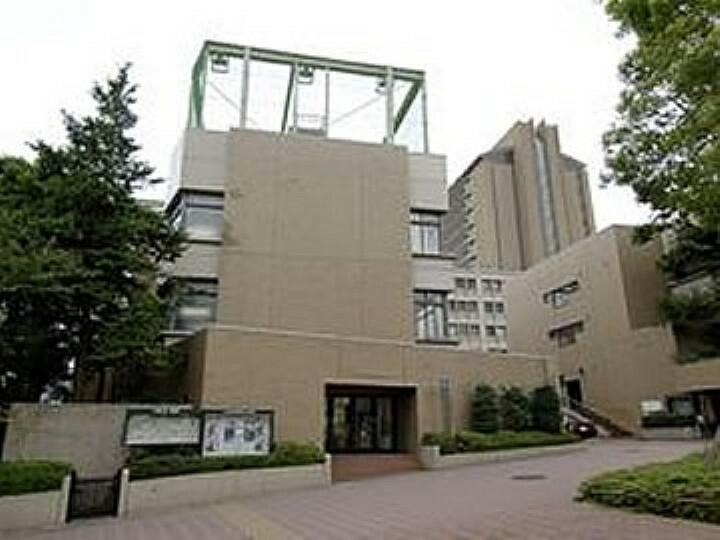 高校・高専 【高校】中央大学高等学校まで1599m
