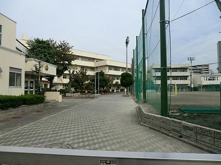 中学校 横浜市立鶴見中学校