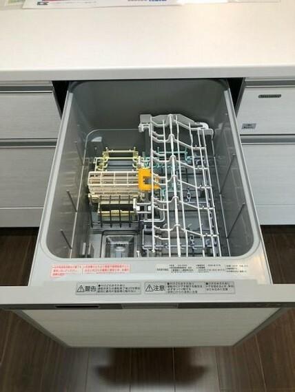 食洗機付きのシステムキッチン!