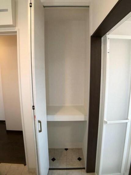 ランドリースペース 洗面室には収納がありますよ!