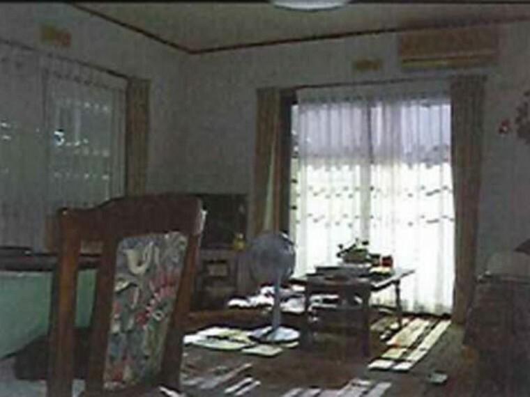 居間・リビング 神戸市北区花山中尾台3丁目 中古戸建