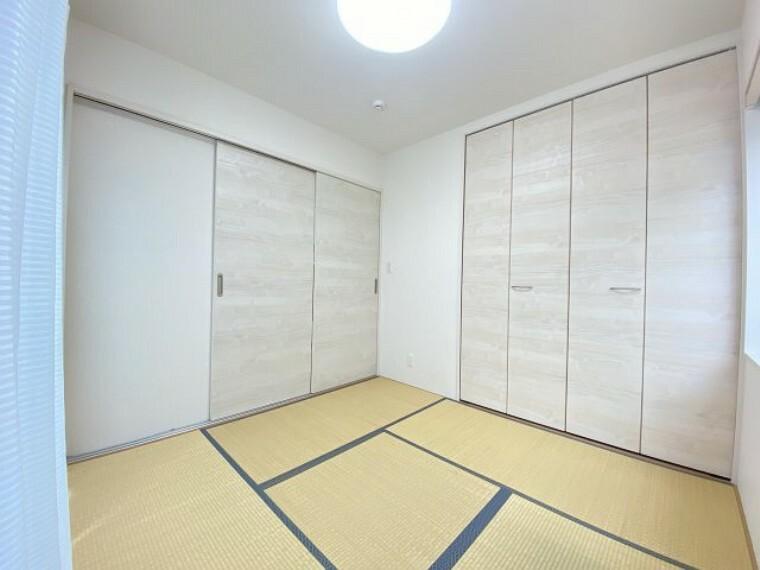 和室 扉を開けるとリビング一体型として利用できます