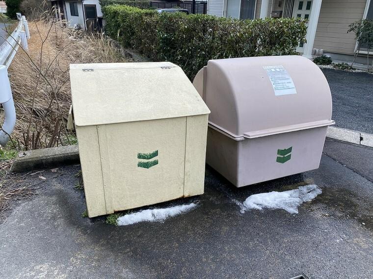 町内ゴミ箱。
