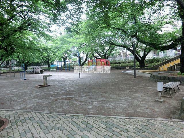 公園 葉根木公園
