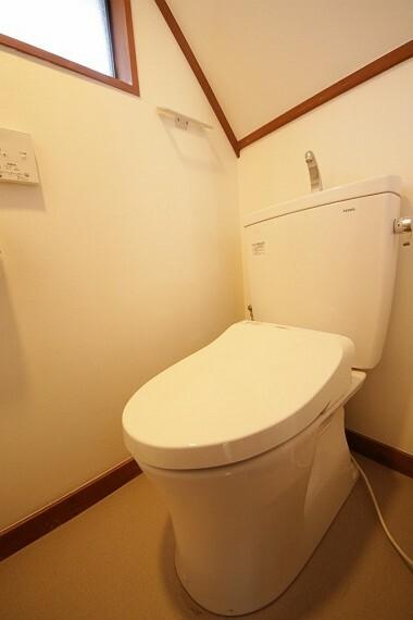 トイレ 2階にもトイレがあります。