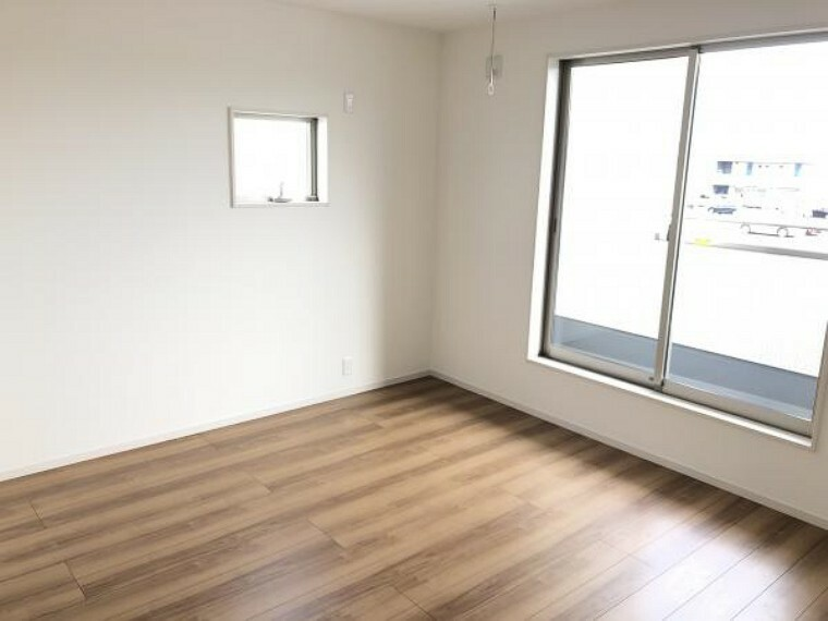 【寝室】約7.75帖のゆとりあるプライベートルーム。