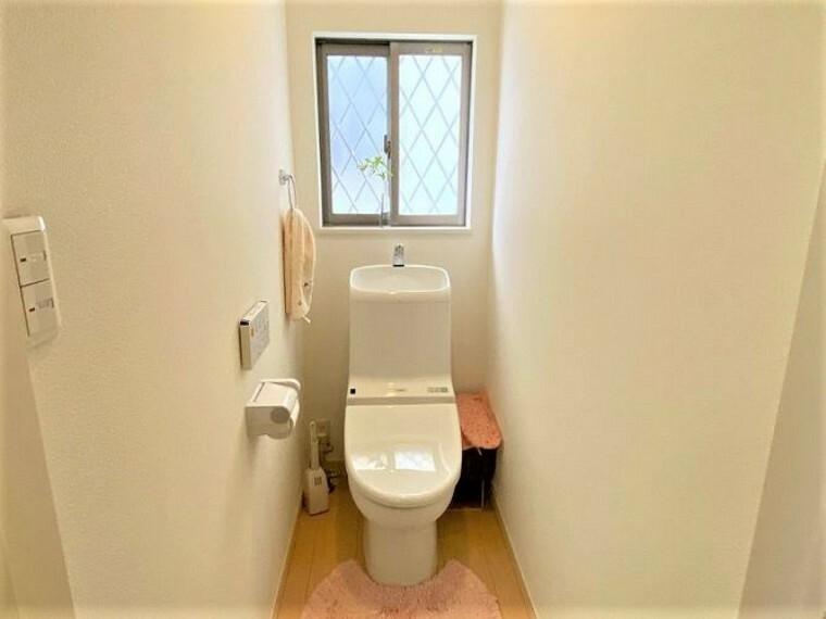 トイレ トイレは1階と2階にございます 混み合う時間帯でも安心ですね