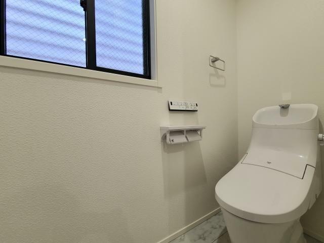 トイレ B棟
