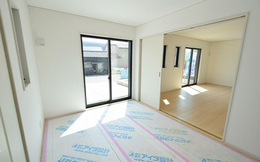 和室 現地写真:洋室畳敷き(1号棟)