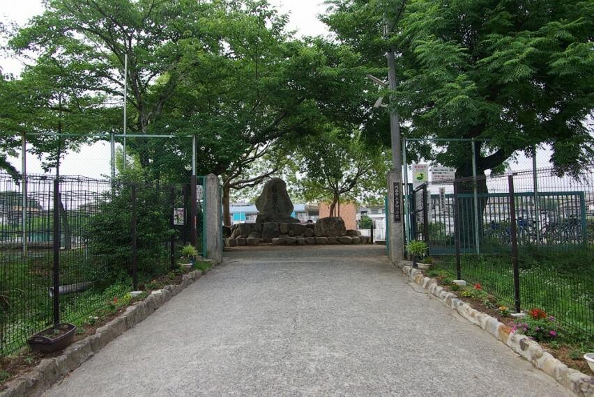 小学校 【小学校】川西市立多田小学校まで1959m