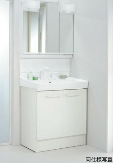 洗面化粧台 同仕様建物の洗面所。カラーは異なることがございます。