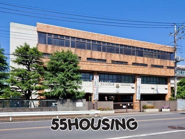 中学校 川口市立上青木中学校 徒歩11分。