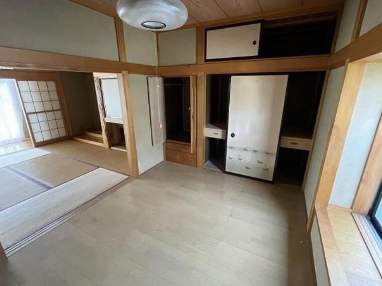 【リフォーム中3/28更新】1階北西側6帖洋室です。隣の部屋とは仕切るように壁を新設します。また、押入内にはハンガーをかけられるようにパイプを新設します。