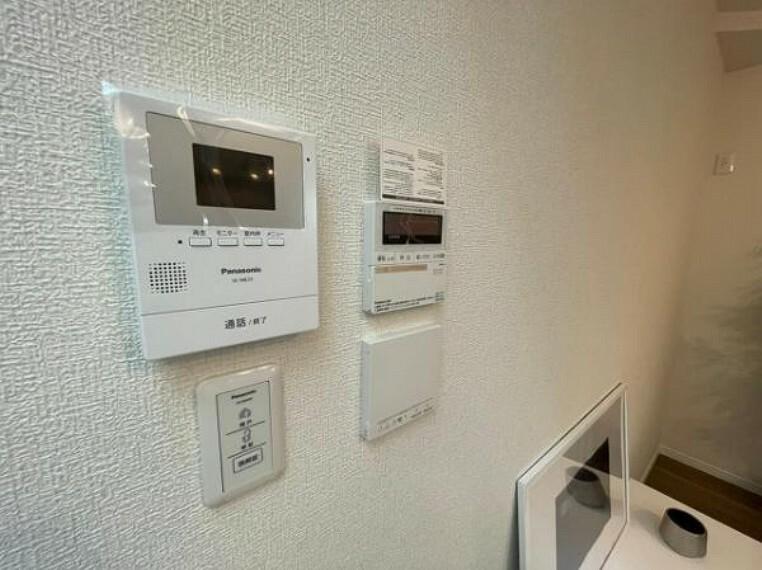 TVモニター付きインターフォン インターフォン