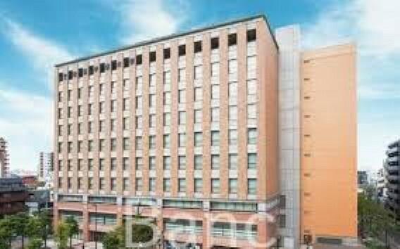 帝京平成大学池袋キャンパス 徒歩13分。