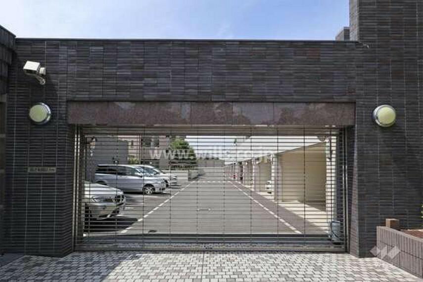 現況写真 敷地南側の前面道路(東側から)