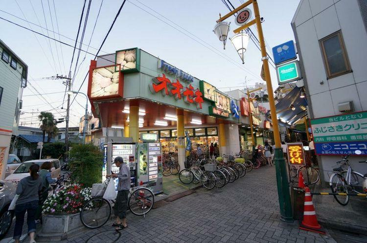 スーパー スーパーオオゼキ東高円寺店 徒歩1分。