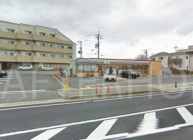コンビニ セブンイレブン向日一文橋店